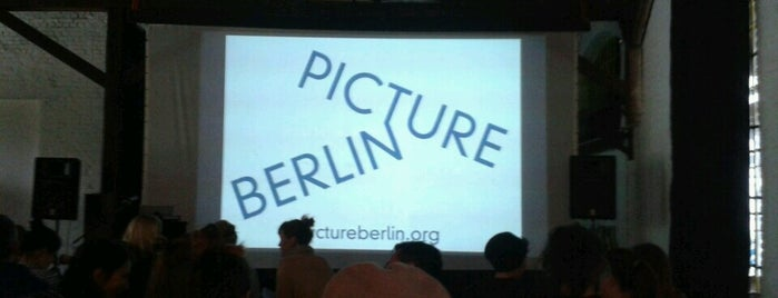 Zentrum für Kunst und Urbanistik (ZK/U) is one of Grün und Blau Berlin.