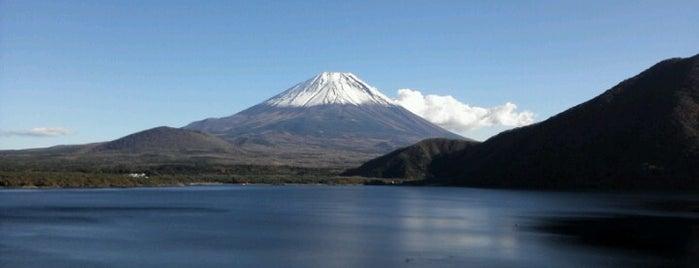 Lake Motosu-ko is one of お気に入り.