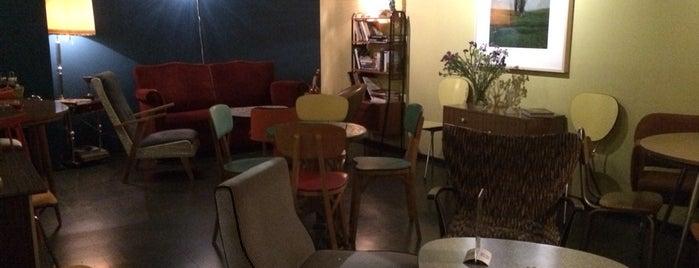 El Mentidero Café is one of AFTERNOON.