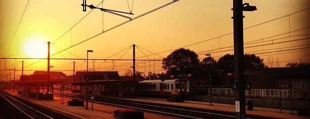 Station Aalter is one of Bijna alle treinstations in Vlaanderen.