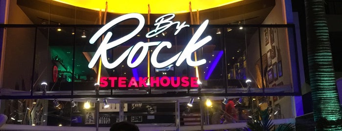 By Rock Steakhouse is one of Quero Ir.