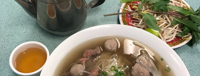 Pho Con Bò is one of The 'B' List - Very Good in Toronto.