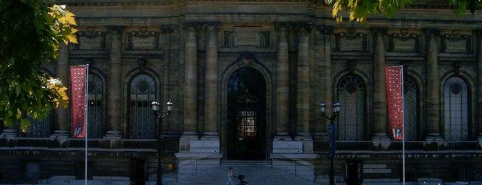 Musée d'Art et d'Histoire is one of Закладки IZI.travel.
