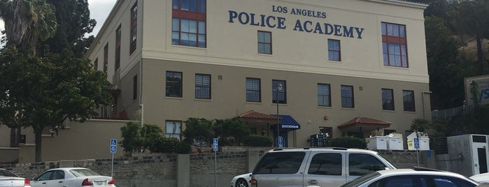 Los Angeles Police Revolver & Athletic Club Cafe is one of Potential Vendors.