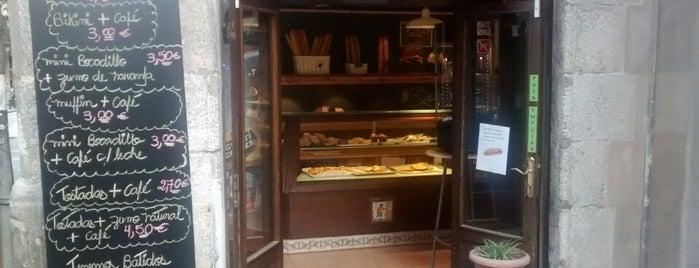 Forn de la Vila is one of A comer y a beber.