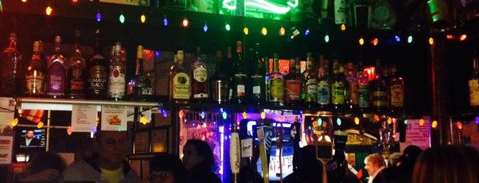 The Shamrock Restaurant & Bar is one of Get Around in H-TOWN!!.