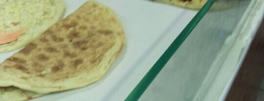 Baban's Naan is one of Dinner.