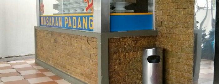 Restoran Sederhana Masakan Padang is one of Must-visit Food in Makassar.