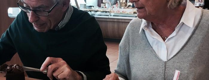 Café Bonjour is one of Favorite Food.