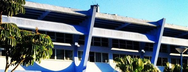 Instituto Estadual de Educação - IEE is one of Lugares que já dei checkin.