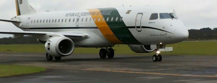 Embraer is one of muito bom.;.