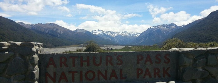 Arthur's Pass National Park is one of New Zealand.