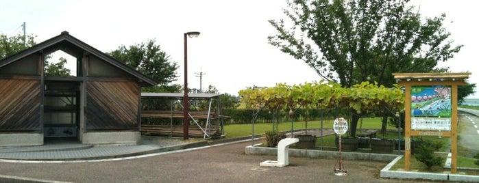 太田リバーサイドパーク(太田駐輪場) is one of とやまのサイクリングロード.