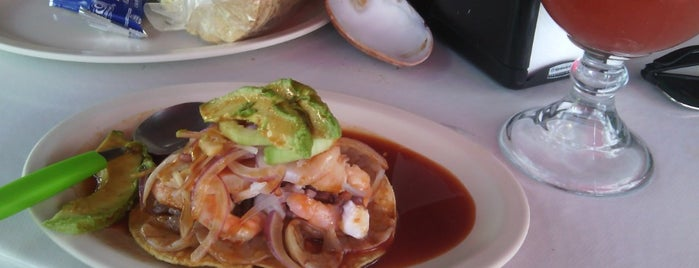 Los PP's Mariscos is one of Lugares para comer.