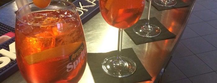 History Lounge Bar is one of Aperitivi Cocktail bar e altro Brescia.