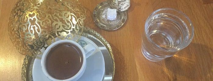 Dubai Cafe Lounge Shisha is one of İstanbul 2.