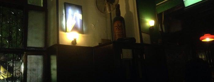 Stella Bar is one of shakira.
