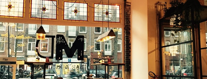 Meatless District is one of Amsterdam koffie/lunch.