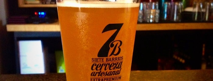Cervecería 7B is one of [Bares].