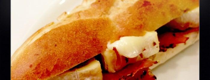 イタリアンバールカフェ ミラノ札幌パセオ店 is one of Favorite Food.