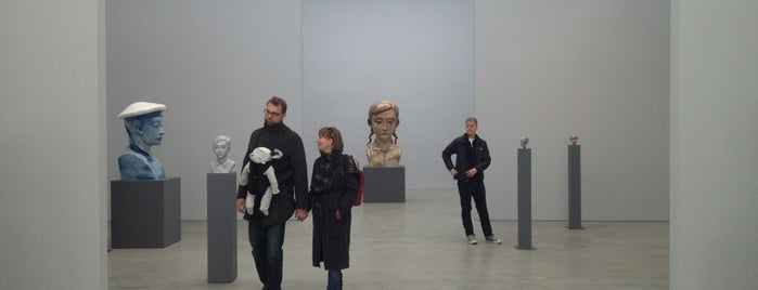 The Pace Gallery is one of The 15 Best Art Galleries in New York City.