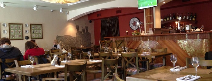 Pushka Inn Hotel & Restaurant is one of Питер.