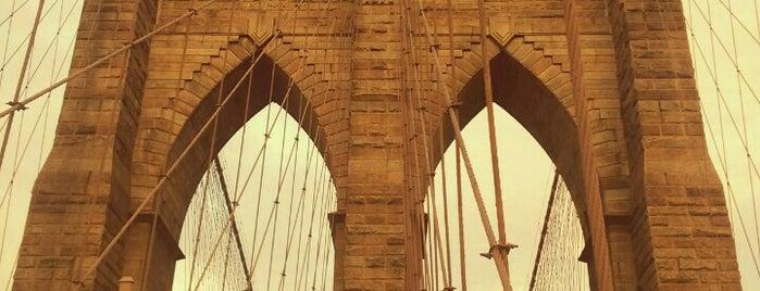 Puente de Brooklyn is one of Bucket List Places.
