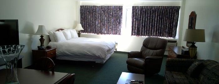 The Business Inn is one of Hoteles en que he estado.