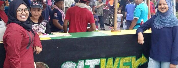 Bazaar Ramadhan Sri Manjung is one of Makan @ Utara #12.