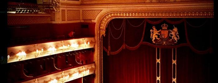 ロイヤル・オペラ・ハウス is one of À faire à Londres.