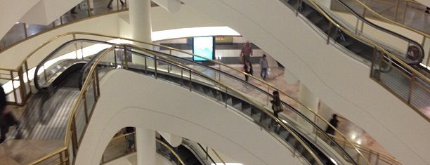 Westfield San Francisco Centre is one of USA Trip 2013 - The West.