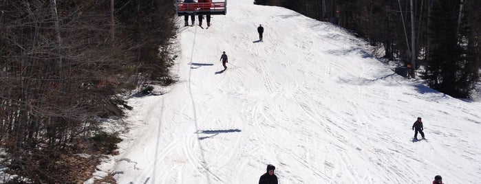 Mont Saint-Sauveur is one of Skiing.