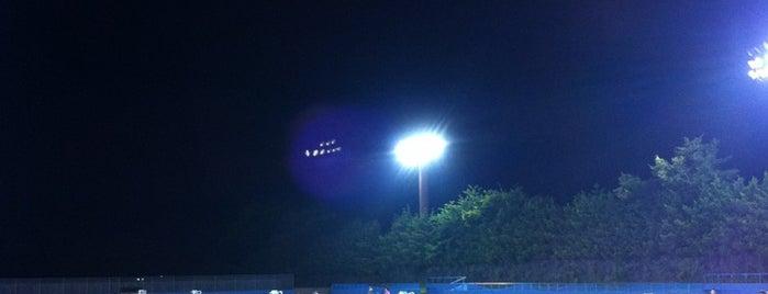 総合運動公園 テニスコート is one of Tennis Court relates on me.