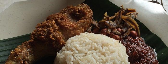 Restoran Lubuk Selera is one of Makan @ Melaka/N9/Johor #15.