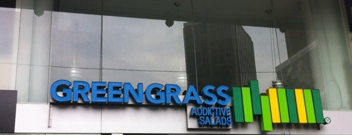 Green Grass is one of RESTAURANTES.