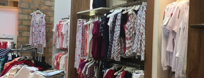 Scene is one of Shopping Anália Franco.