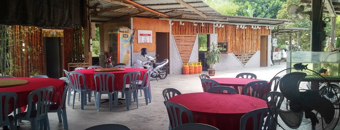 Restoran He Ping is one of Seafood/ General Chinese Restaurant.