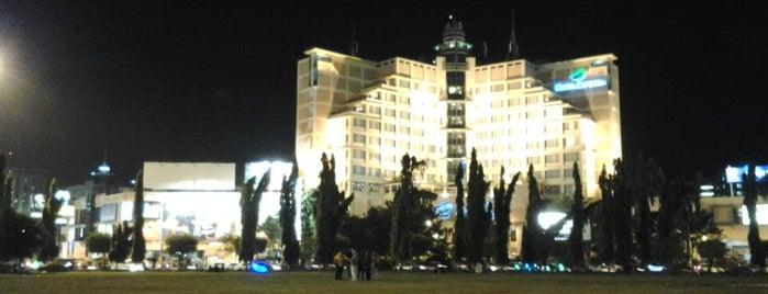 Alun-Alun Simpang Lima Semarang is one of Top 10 favorites places in Semarang, Indonesia.