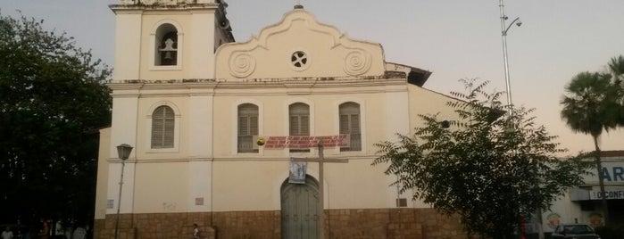 Igreja Da Matriz is one of Lugares.