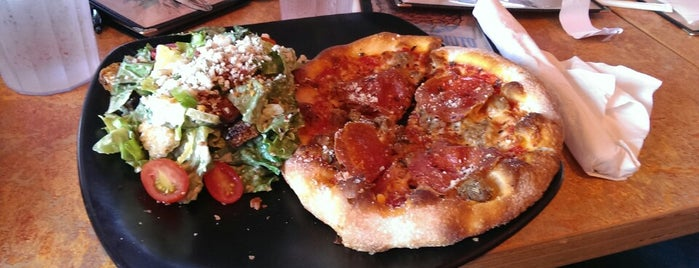 SPIN! Neapolitan Pizza Olathe is one of Favorite Restaurants.