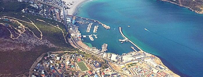 Hout Bay is one of No te lo Pierdas: a menos de 1h de Ciudad del Cabo.