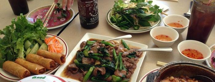 Tan Tien is one of HOU Asian Restaurants.