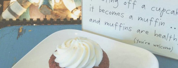 Lucy & Leo's Cupcakery is one of round town.
