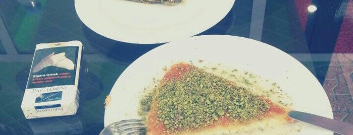 Çelebi Sütlü Künefe Kadayıf Salonu is one of Konya'da Café ve Yemek Keyfi.