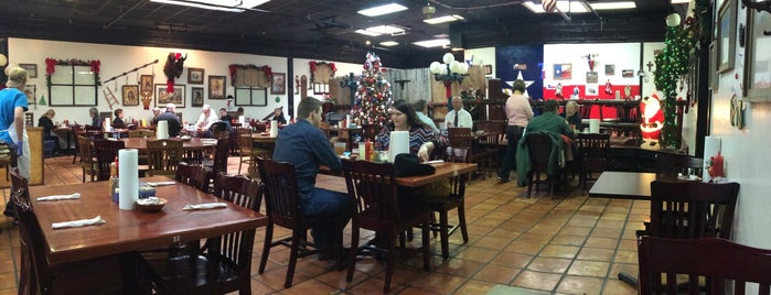 Youngblood's Cafe is one of Man v Food Nation.