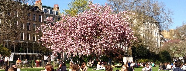 Lincoln's Inn Fields is one of 1000 Things To Do In London (pt 2).