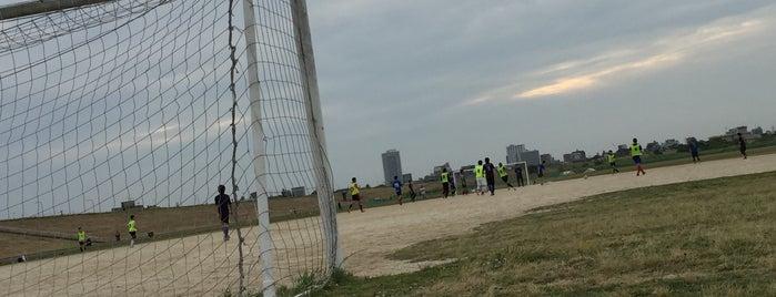 篠崎サッカー場 is one of football.
