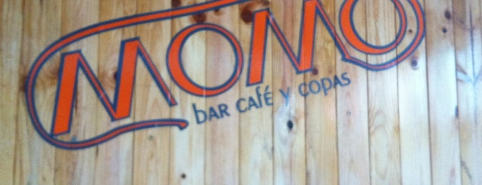 Momo2 - Bar, Café y Copas is one of lomejordebenimaclet.com.