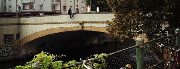 Wildenbruchbrücke is one of Grün und Blau Berlin.