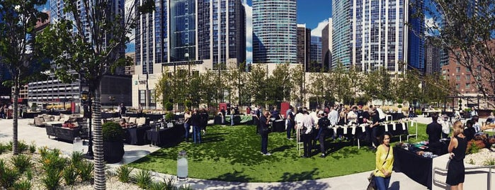 Loews Chicago Hotel is one of CHI - Rooftops / Outdoors.
